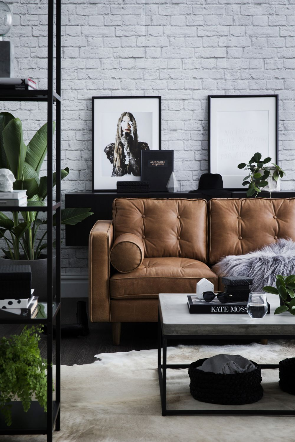 Here Are Ways to Take Care Of a Leather Sofa That Remains Beautiful And Durable