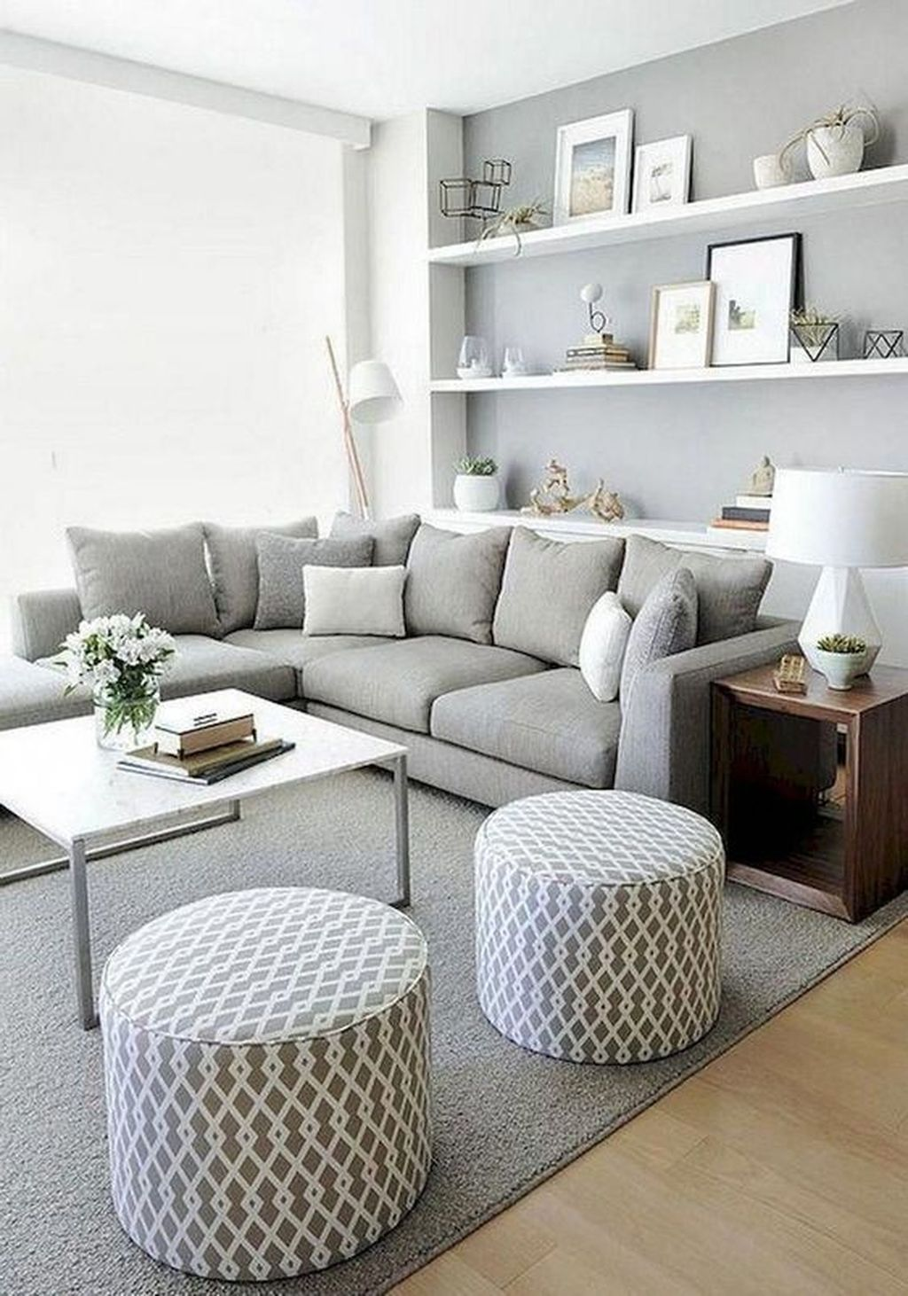 Tips For Choosing a Cool and Comfortable Living Room Sofa