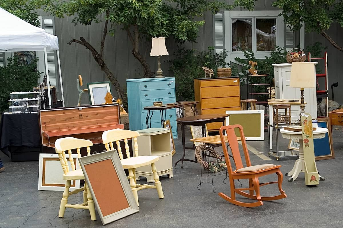 Tips To Buy Good Used Furniture And Save on Budget
