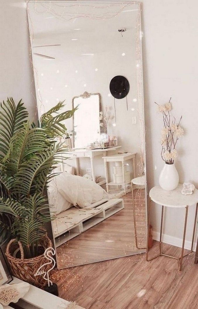 7 Models of Aesthetic Glass Mirrors That Make Your House More Attractive