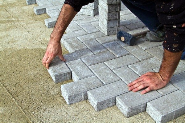 Want to Install Paving Block? Know These 5 Tips to Be Strong and Durable!
